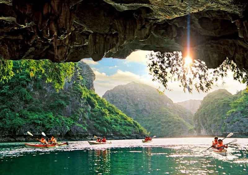 luon cave en halong bay