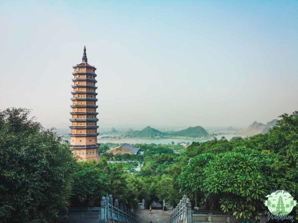 interior de bai dinh pagoda, ninh binh