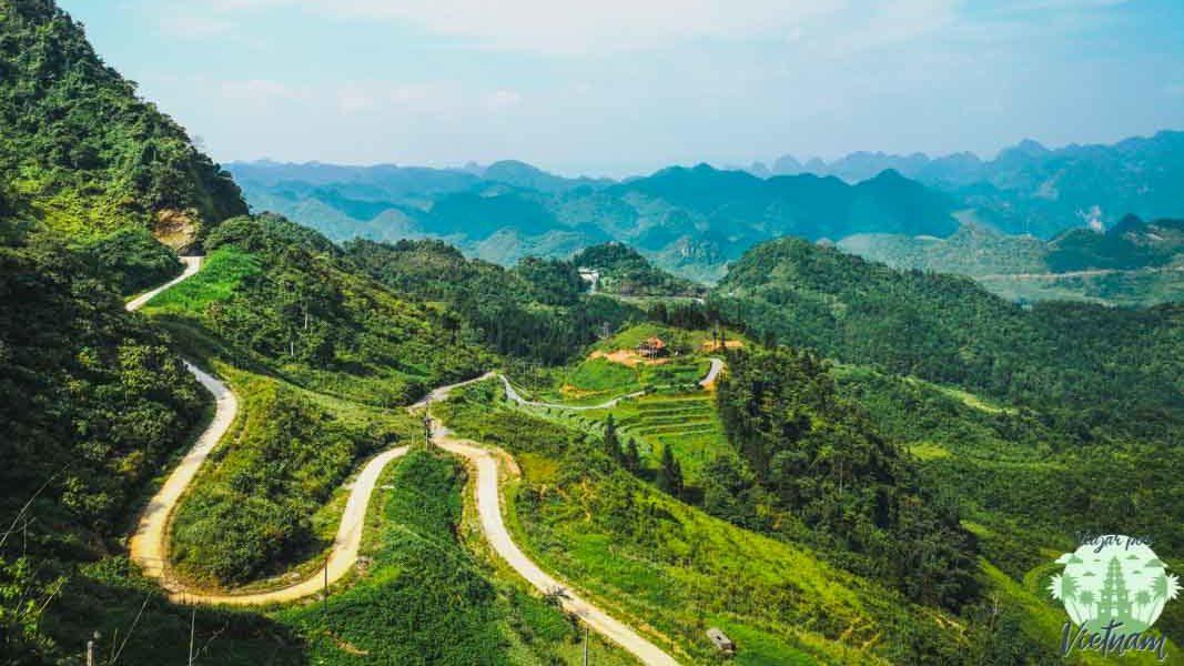 paso de montaña de heavens gate en ha giang