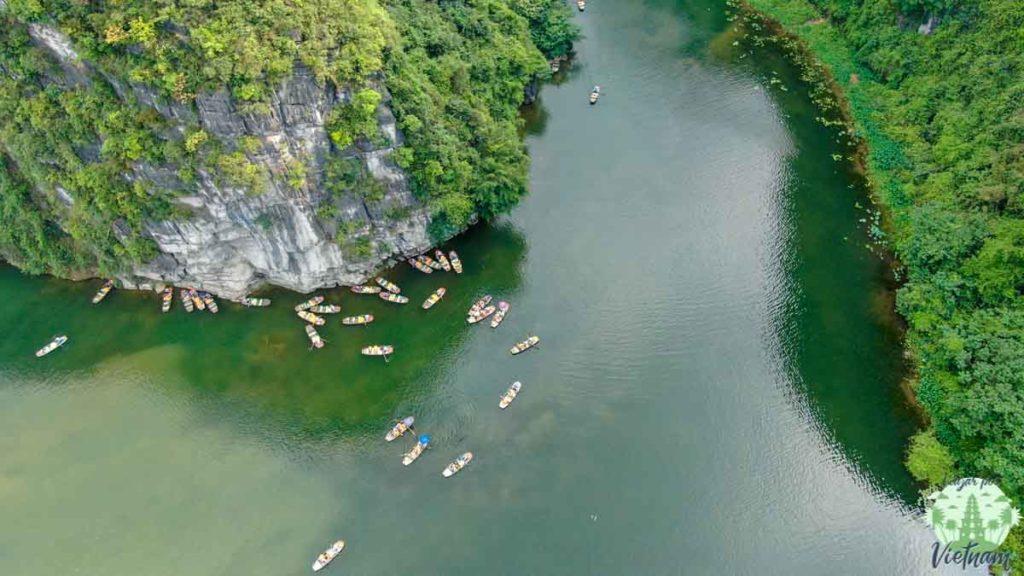 tour en barca por trang an, vietnam
